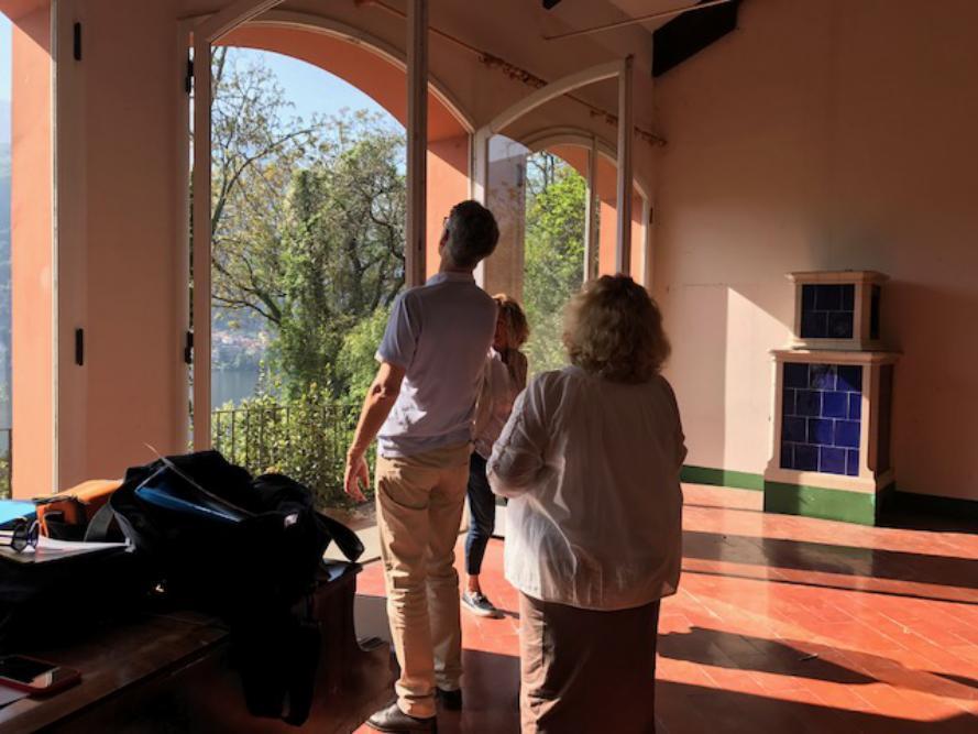 Il ruolo dell'agente immobiliare del lago di Como