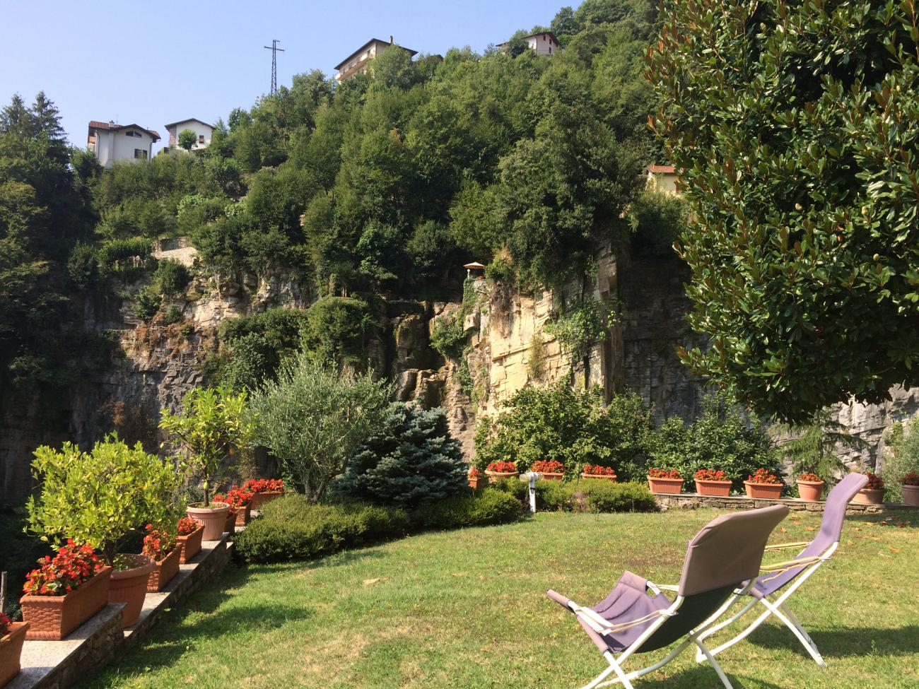 giardino godibile e pianeggiante privato a moltrasio